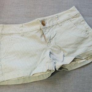 3/$24💟AMERICAN EAGLE Midi Stripe Cuffed Shorts